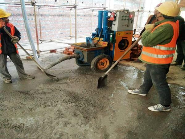 二次构造浇筑泵施工现场